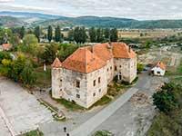 Тур в Карпати з відвідуванням замку Сент Міклош