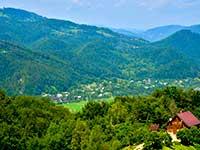 Панорама Карпат з вершини в Ворохті