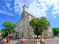 Площа Ринок, екскурсія по місту