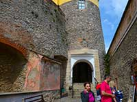 Тур в Закарпаття та замок Паланок. Екскурсія по замку.