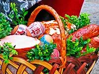 Великодній кошик в Закарпатті. Тур на Великдень в Закарпатті.