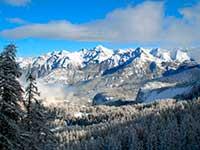 Панорама Карпат в турі на Валентина день