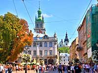 Площа Ринок в турі з Синевиром